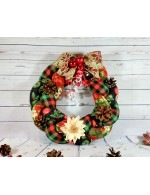 Christmas Braided Wreath || Holiday decoration || Holly, Plaid and Ornaments
