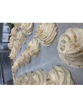 8 maple meringues