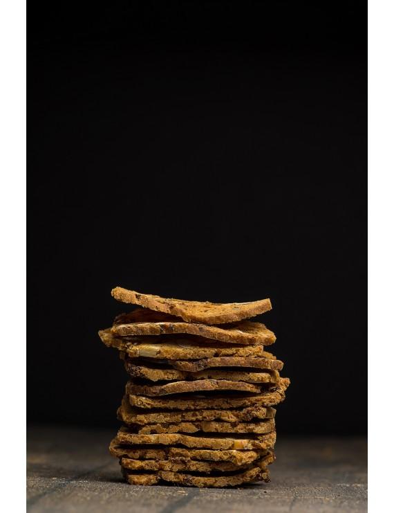 Hazelnut-Mulberry Crackers