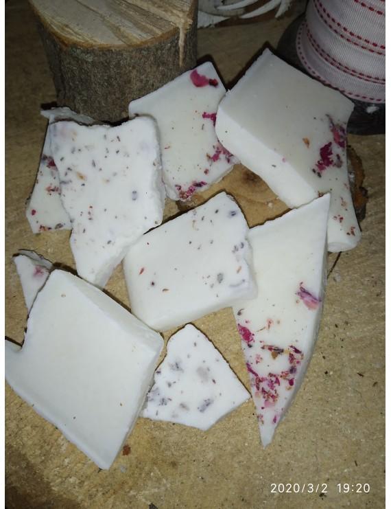 Wax melts water melon and roses petals