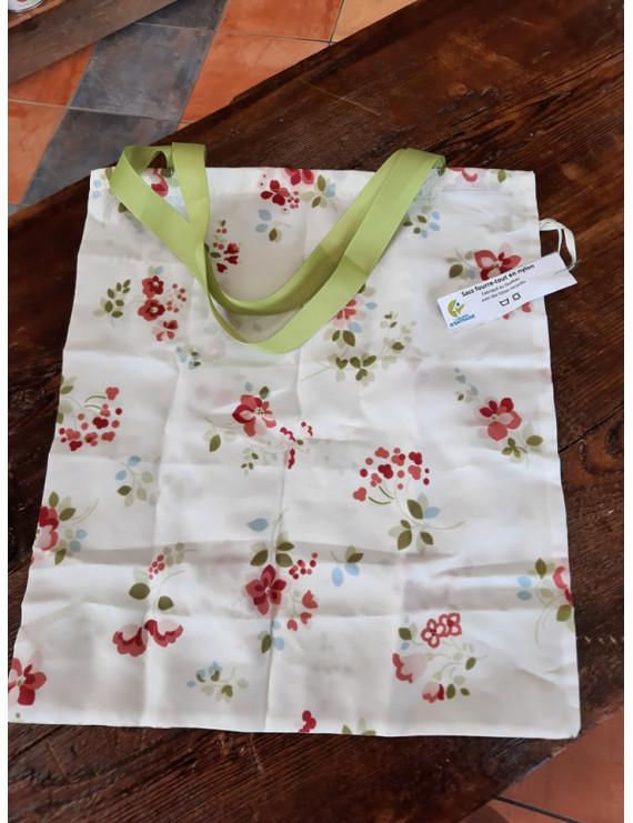 Portable folding bag